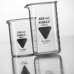 Becherglas 400ml, niedrige Form mit Ausguss, Boro 3.3 VPE= 1